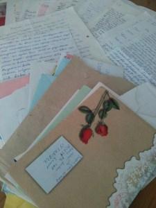 Ebru Gündeş'i Ebru Gündeş yapan mektuplar. Tomarla.