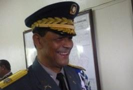 Destituyen jefe de la Policía en Santiago