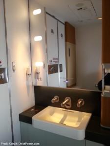 Lufthansa 747-8 1st class bathroom delta points blog