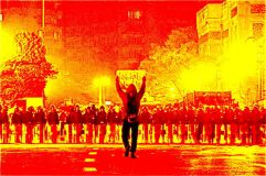 """سبل قمع الانظمة الاستبدادية العربية لثورات """"الربيع العربي"""" والحركات الاحتجاجية"""