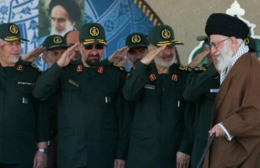 الزعيم الأعلى الإيراني يدعو لانتفاضة فلسطينية ضد إسرائيل