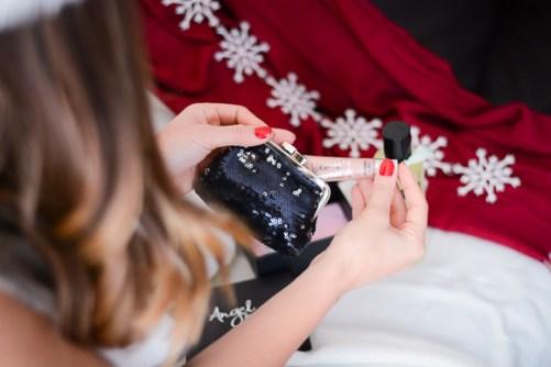 Victorias-Secret-Sexy-Secret-Christmas-Giveaway-Denina-Martin-6