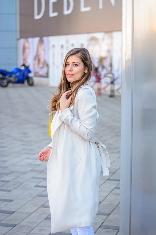 Liu-Jo-Trench-Coat-Style-Denina-Martin-Bulgaria-Mall-3