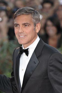 George Clooney spielt den gewieften Journalisten Sandro Brotz.
