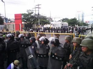 Honduras: contigente militar e policial reprime greve de fome