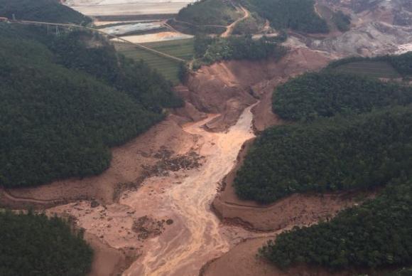 Brasil tem 663 barragens de rejeitos de mineração, diz especialista