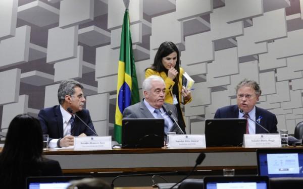 Comissão do Senado aprova fragilização de licenciamento dias após tragédia de Mariana