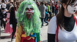 Guia ensina homens a paquerar para acabar com o assédio sexual no carnaval
