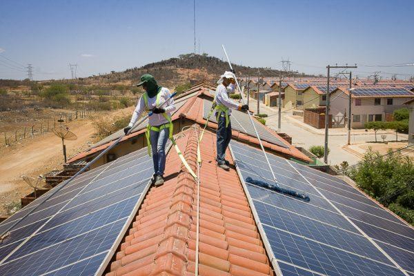 Campanha Energia para a Vida propõe microgeração solar como alternativa à matriz elétrica brasileira