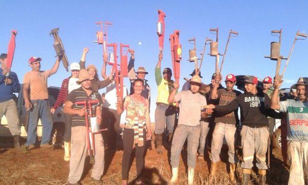 Começa o plantio de feijão, mandioca e abóbora no acampamento Marcelino Chiarello, em Xanxerê – SC