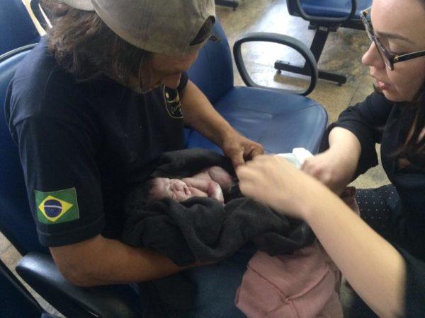 'Pessoas em situação de rua são invisíveis', diz defensora que auxiliou mulher em parto na calçada