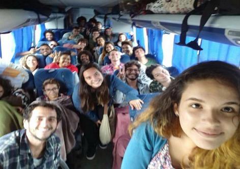 Estudantes discutem resistência a retrocessos de Temer no dia de hoje
