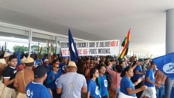 Cerca de 500 lideranças indígenas ocupam Palácio do Planalto  hoje