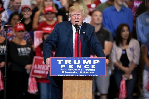 """""""O cara da esquina que já é fascista vai crescer"""" mas vitória de Trump não muda """"políticas concretas"""""""