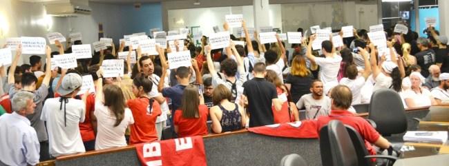 Joinville: Lei da Mordaça foi discutida em audiência pública