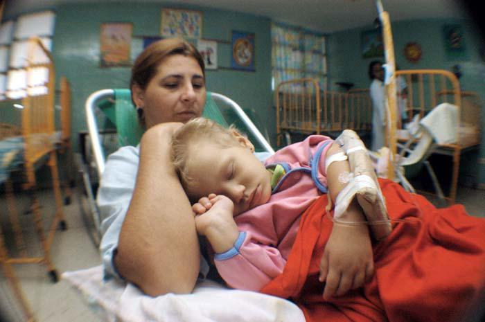 Cuba cura quase 80 por cento das crianças com leucemia