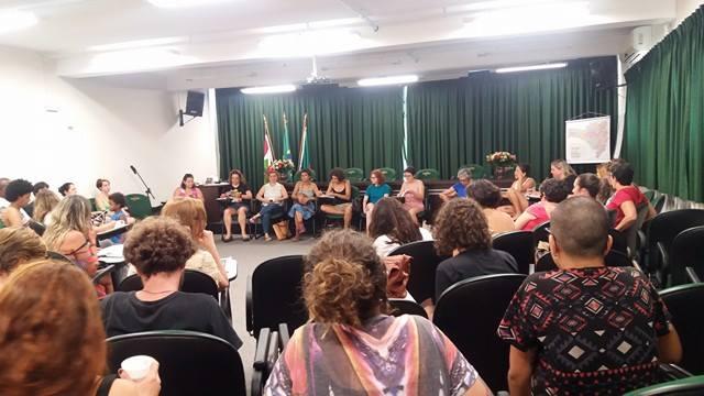 #8 M: As mulheres vão parar – Saiba o que vai acontecer nesse dia em Florianópolis