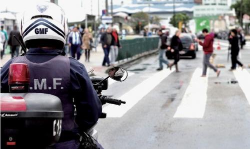 Prefeitura de Florianópolis nomeia guarda municipal condenado para autoridade de trânsito