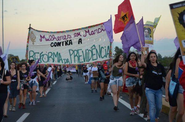Marcha Mundial das Mulheres denunciam ato misógino da Brigada Militar em Cachoeirinha-RS (Foto: Reprodução)
