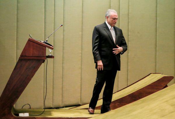 Reformas e greve geral são desafios à desanimada equipe de Michel Temer