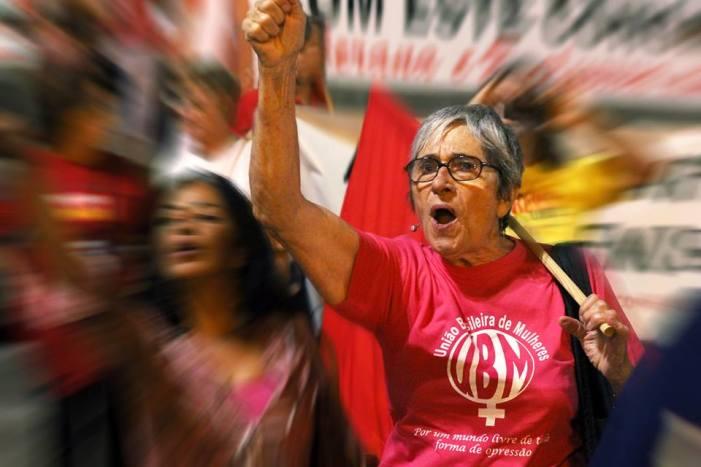 SINTE/SC obtém liminar na Justiça que anistia as faltas de greve e Paralisações