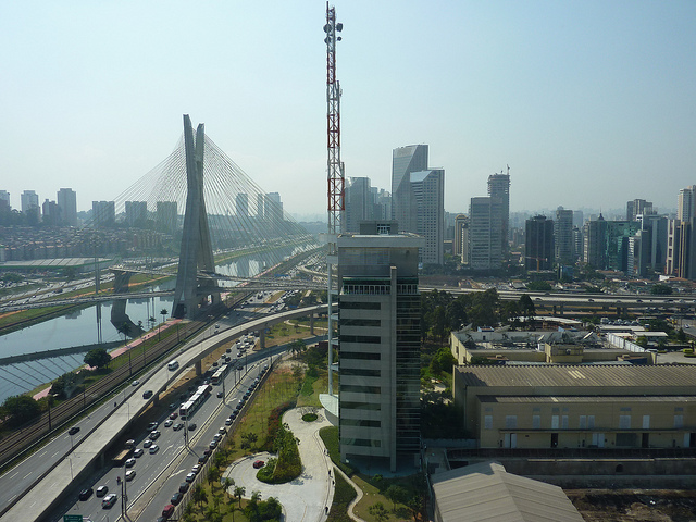 Fundação Getúlio Vargas: 3,4 mil imóveis de São Paulo podem estar estar ligados ao crime e à corrupção.