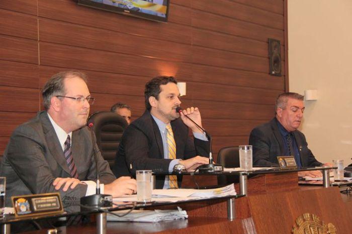 MP-SC instaura inquérito para investigar papel de Caramori Jr. no aniversário da cidade