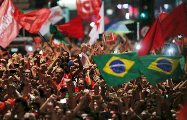 Frente Brasil Popular apresenta proposta para sair da crise política e econômica