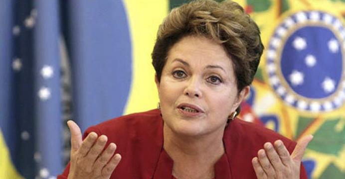 """Diretas Já!"", declara Dilma Rousseff"