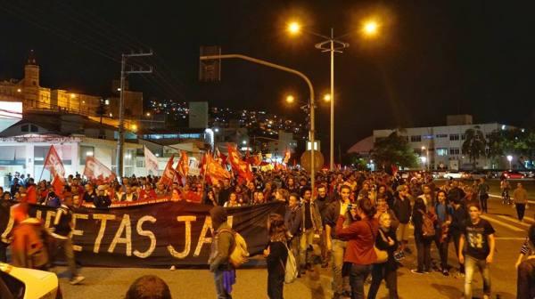 Ato em Florianópolis de 18 de maio. Foto: Marcelo Zapelini/Desacato.info