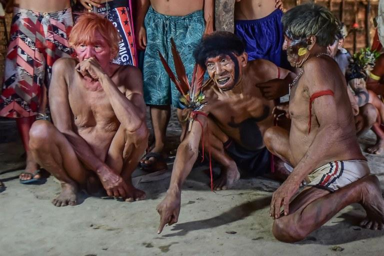 Cerimônia Yanomami em Roraima, em 2015. Povos transfronteiriços seguem ameaçados. Foto: Leonardo Prado / PGR