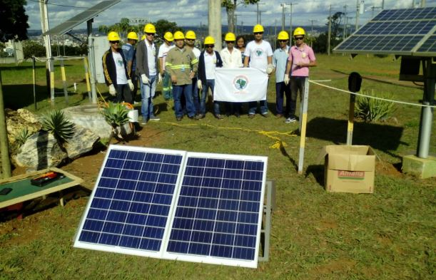 Em MG, atingidos participam de curso de Sistemas Fotovoltaicos