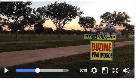Urgente: Grupo pede intervenção militar em frente ao QG de Brasília