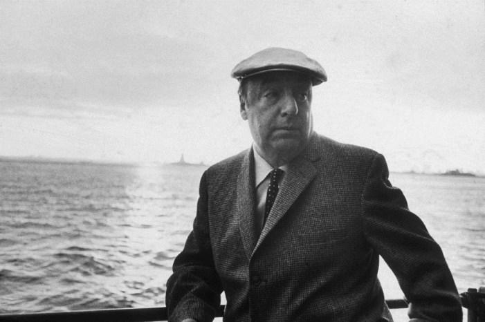 Autobiografia de Pablo Neruda é relançada no Chile com textos inéditos