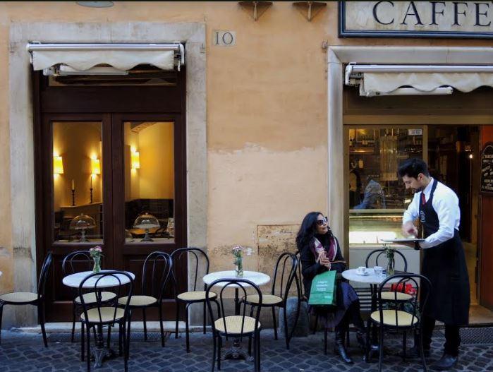 """Exposição """"Fatto in Italia"""" retrata personagens e ruas de cidades italianas"""