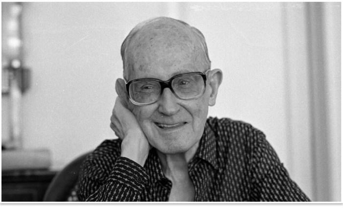 Trinta anos da morte do maior poeta brasileiro: Carlos Drummond de Andrade