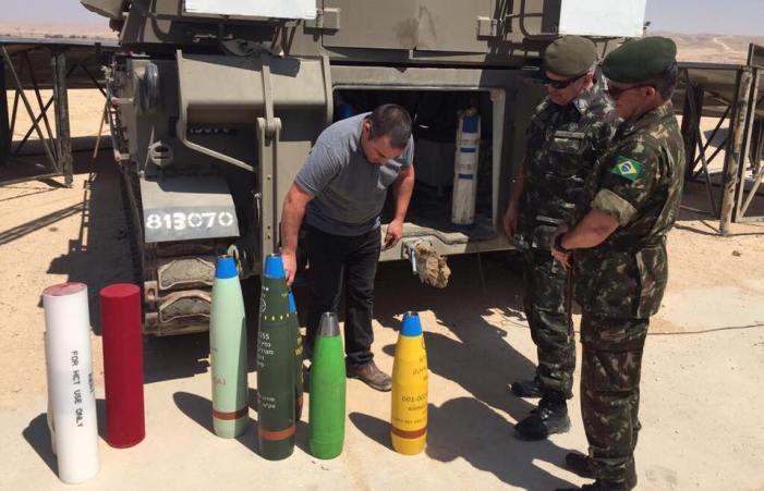 General brasileiro visita Escola de Logística e Escola de Artilharia das Forças de Ocupação de Israel