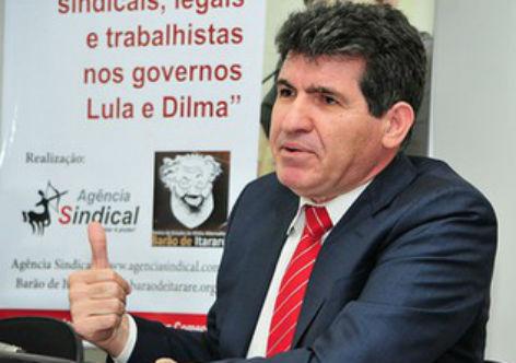 Orçamento para 2018 empurra Brasil ao caos, diz diretor do Diap