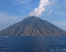 vulcao stromboli
