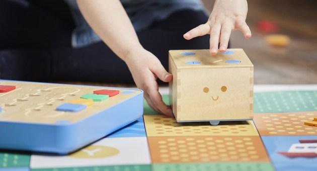 designaholic_cubetto-robot-programacion-niños-04