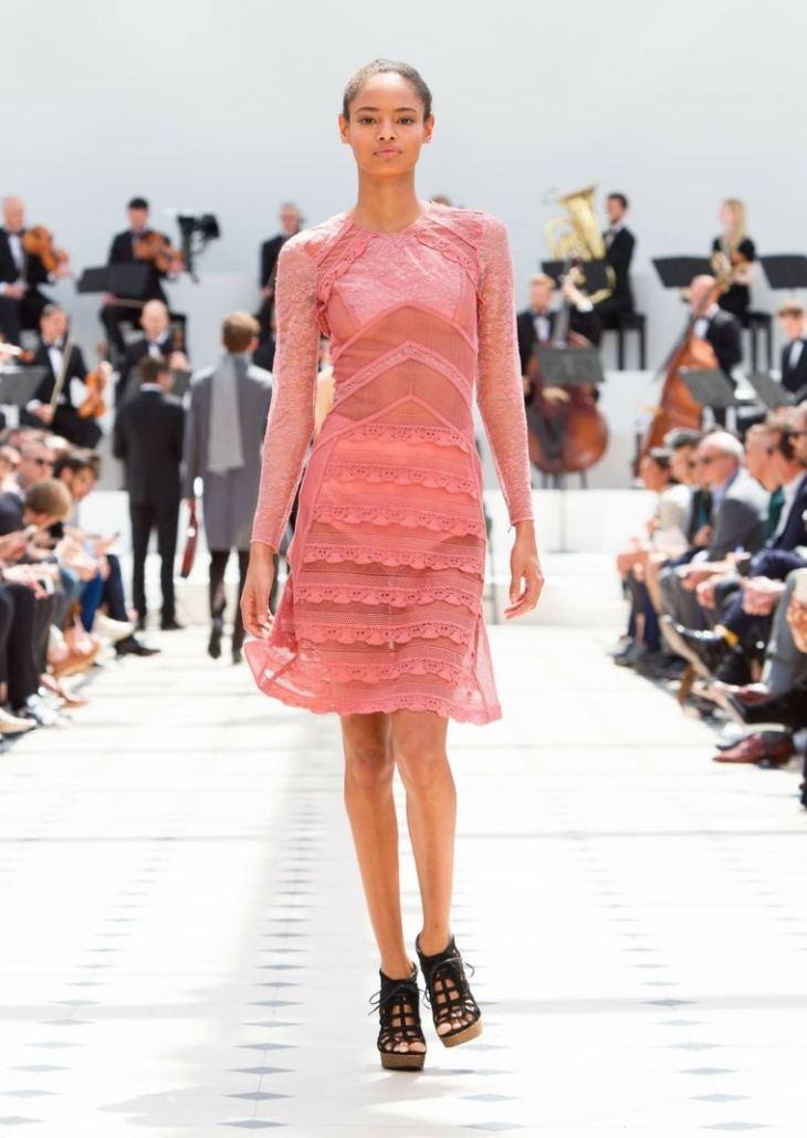 robe femme rose elegante