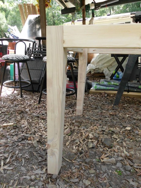 how to build table legs or posts from 2x4s SANY0611