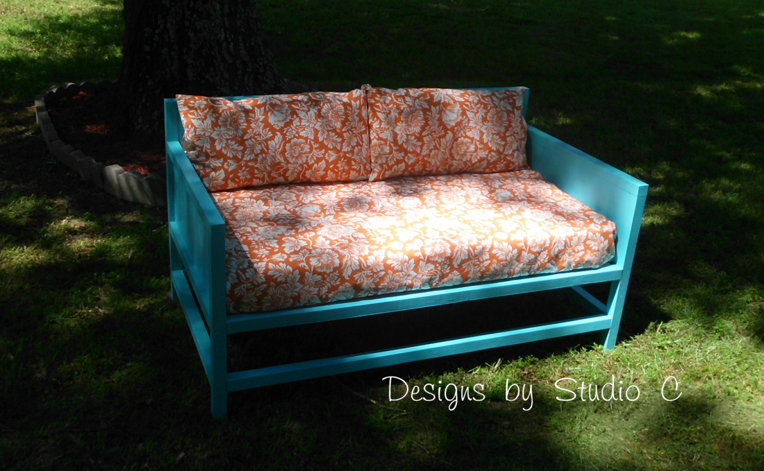Diy plans to build outdoor furniture for Diy outdoor daybed plans