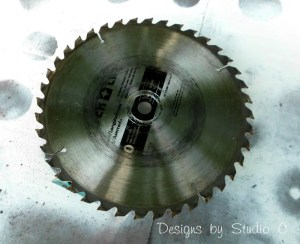 saw blade clock SANY2544