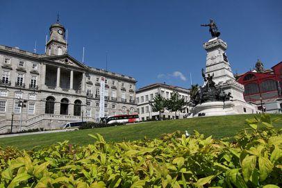 Fachada Palácio na Bolsa no Porto