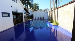 piscina pousada porto imperial paraty