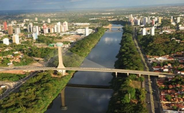 """mirante da Ponte Estaiada Ponte do """"Sesquicentenário"""" João Isidoro França Teresina Piauí"""