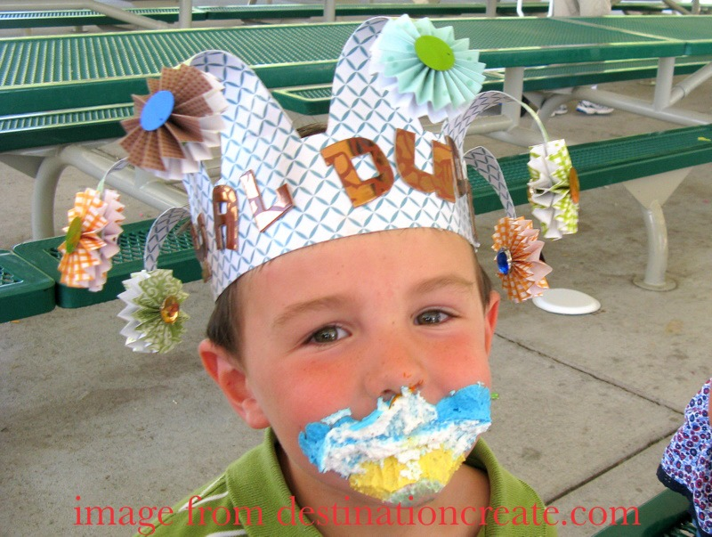 Birthday crown for a little boy
