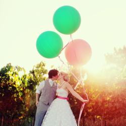 Shop sweet Lulu for giant balloons