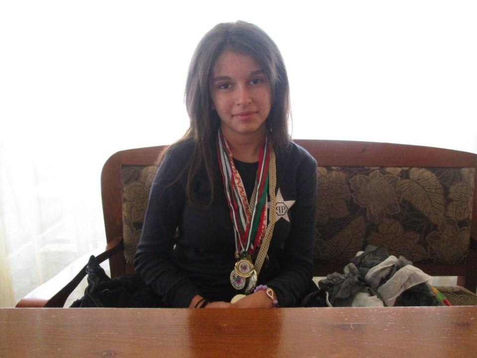 Мирела Стойкова
